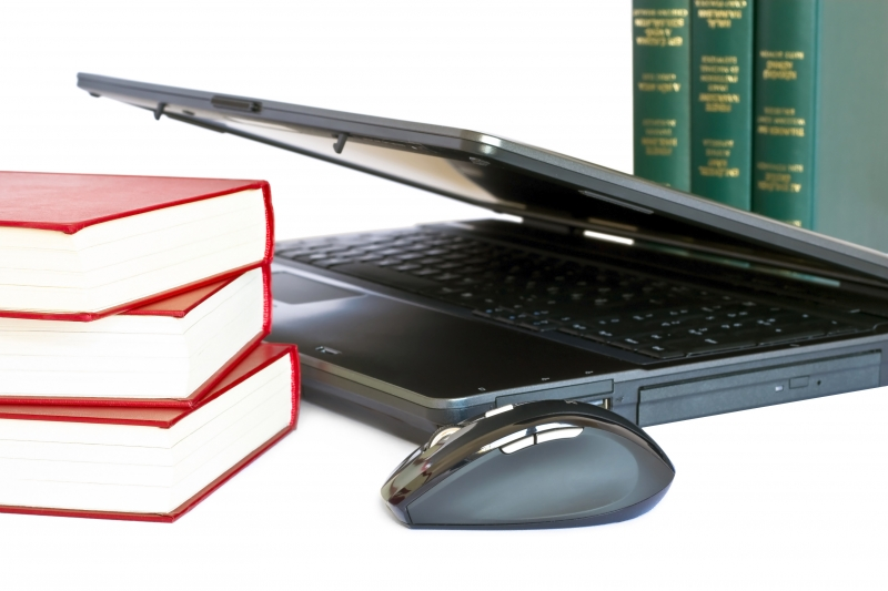 laptop-and-books